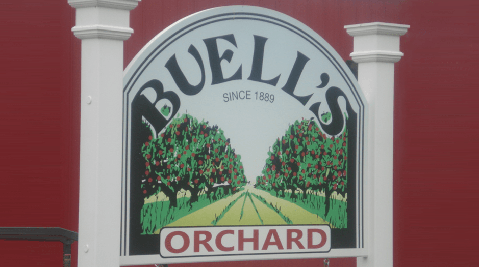 Buell's Orchard logo