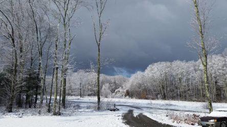 D King-blue snow in April 2016-Hampton