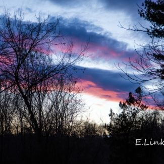 blue_and_pink_clouds