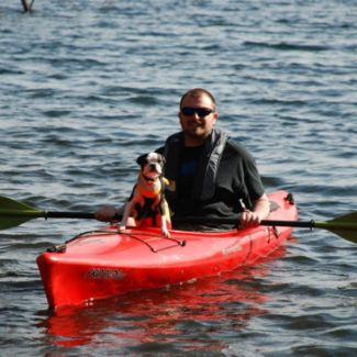 kayak_and_dog
