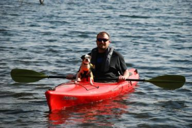 kayak_and_dog