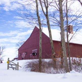 snow_and_barn